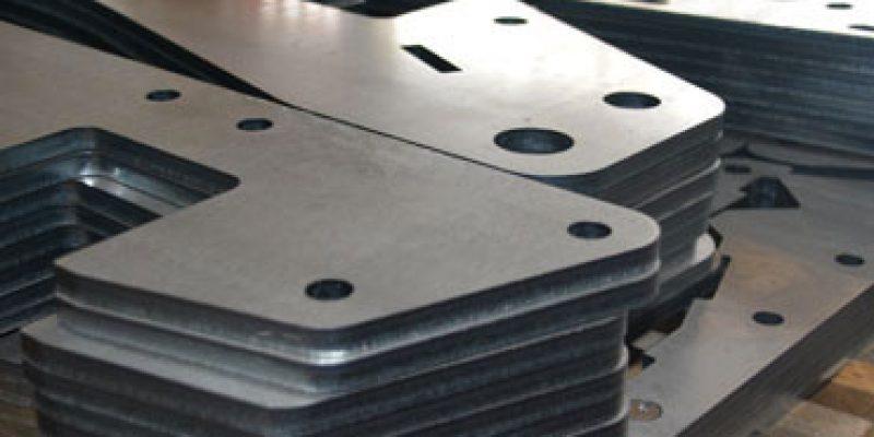taglio-laser-lamiere-02.jpg